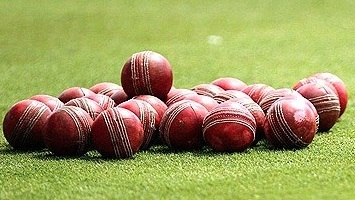 Cricket-Balls-Small